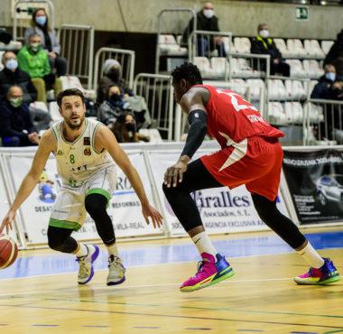 tau castello baloncesto joan faner basquet girona